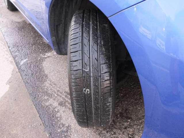タイヤも約9.5分残溝御座います。