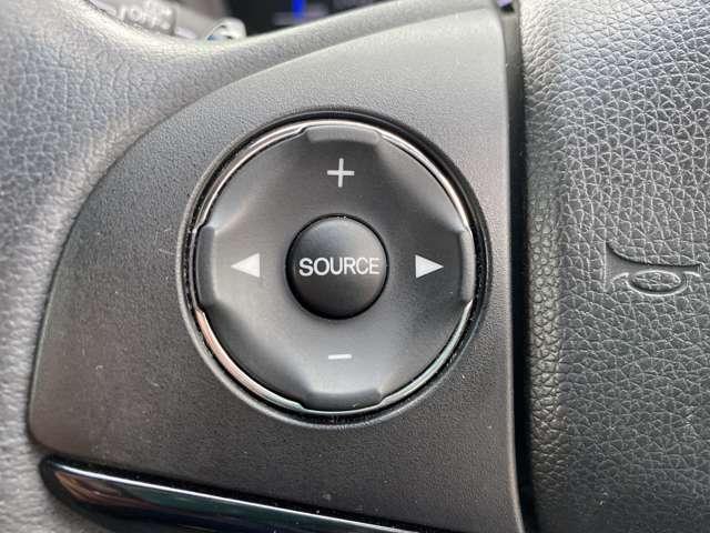 ご成約いただいたお車は全て認証指定工場にて納車前整備点検を行います。その際に、エンジンオイル・エレメント・ワイパーゴム・バッテリーを全て新品に交換しております。