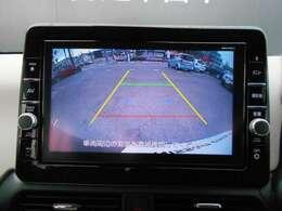 バックビューモニター付で駐車もラクラクです。