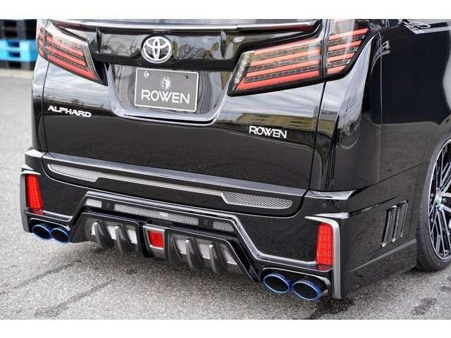 ROWEN車検対応のPREMIUM01Sマフラーを装着しております。ステンレステールのマフラーとなります。