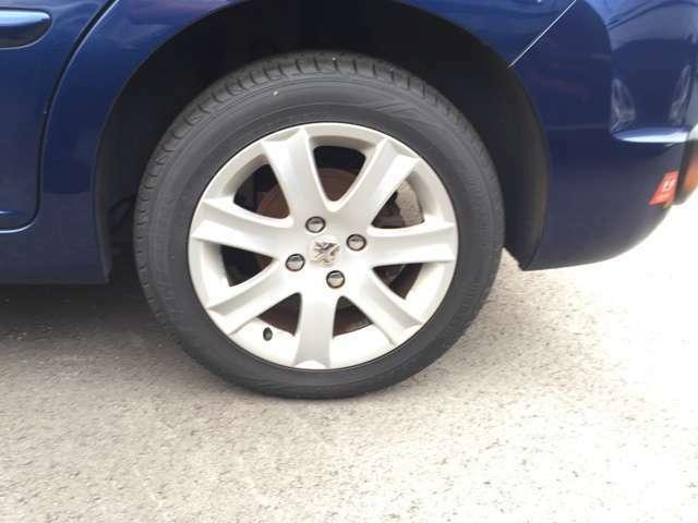 タイヤの溝もバッチリ♪