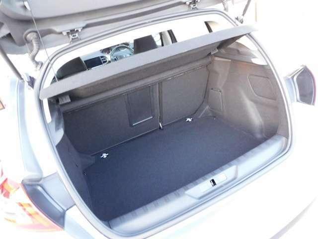 日本自動車鑑定協会の定める基準による「軽度」な修復歴車として判断できます。どうぞ安心してお求め下さい。