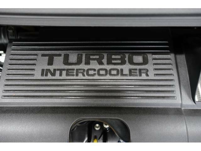 ターボチャージャー標準装備で胸のすくような加速が気持ちいいです。