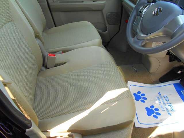 シートももちろん、綺麗です!使用感がほとんど見られません!