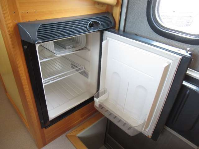 DC40リットル冷蔵庫!希望番号も可能です♪お好きな4桁の数字をナンバーにしませんか?お気軽にお申し付け下さい。