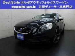 ボルボ V60 T4Rデザインポールスター&セーフティpkg 黒革/純ナビ/F&Bカメラ/スマート/ETC/保証