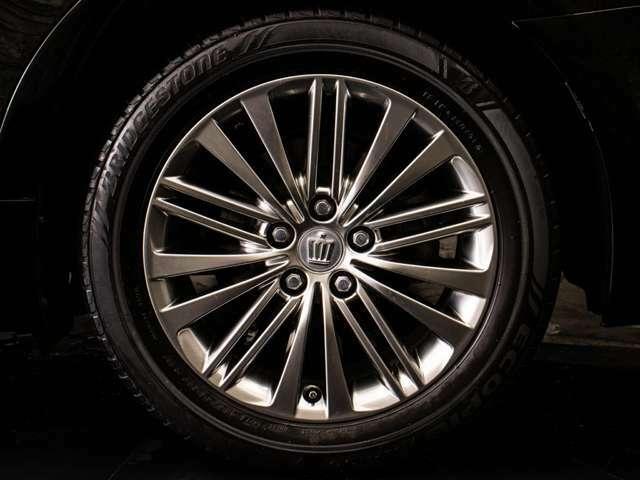 ★必見!新品パーツカスタム車です★状態の良いノーマル車をベースに、新品フルエアロ!新品20AW!新品タイヤ!専門店の強みです!新品パーツを大量発注出来るからこそ格安提供出来ます!