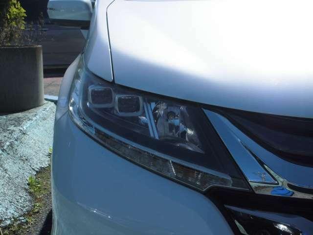 【LEDオートライト】LEDオートヘッドライト付き!暗い夜道でも明るくピカっと照らしてくれます!安全なドライブができますね!お問い合わせはフリーダイヤル0120-07-1190まで!