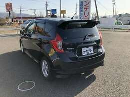 ほとんどの車が保証付車両になっております。ご安心いただきご検討ください。