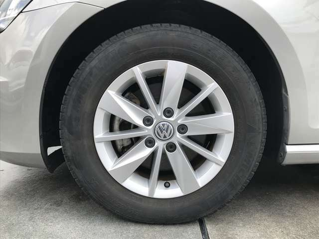 Volkswagen純正15インチアルミホイール!