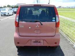 ☆☆リアカメラ付きです。バック駐車時にカメラが作動して後方が写ります、安心です!!