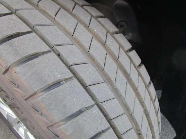 タイヤ溝も十分残っています!