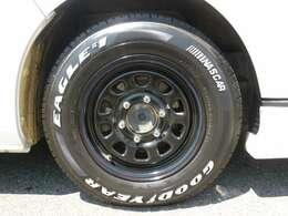 デイトナ16インチアルミ&ナスカータイヤを組み込み済み!タイヤの残り溝も残っていますのでご安心下さい!