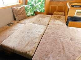 ダイネット部分ベッド展開時サイズ 長さ178cm 幅160cm 一部欠け