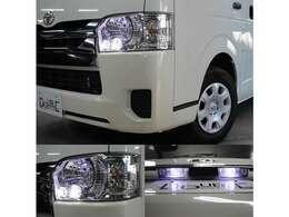 純正LEDヘッドライト装備です。ポジションランプとナンバー灯はLEDを取付済みです。