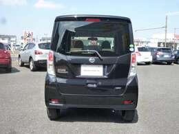 プライバシ-ガラスで車内への日差しを和らげ急な室温変化を防ぎます♪