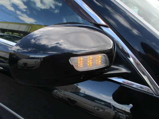 Bプラン画像:ウィンカーミラーが装備されております♪視認性も高く対向車との安全確認も良好です♪車をよりシャープに演出しています♪