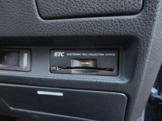 ビルトインETCが装備されております♪後付けのETCとは違い、スッキリと収まっております♪高速の料金所もスムーズに通過出来ます♪入庫情報更新中チェックを→http://ameblo.jp/infinity1982/entrylist.html