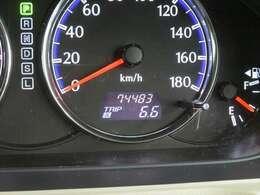 走行距離約74000キロ! まだまだこれからのおクルマですので、ぜひ大切に乗ってあげてください☆