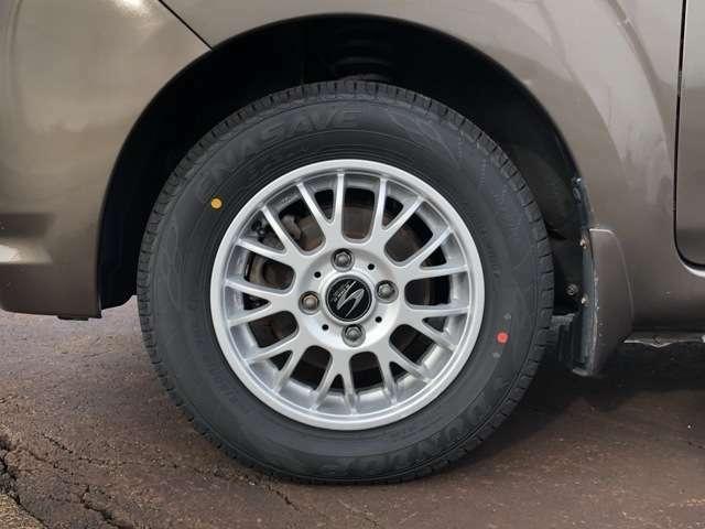 社外アルミ・新品タイヤです!