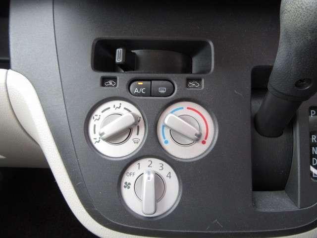 シンプルで扱いやすいエアコンスイッチ!風量等を任意に調整できます♪