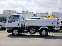 車両総重量5205kg 最大積載量1970kg