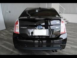 ワンオーナー・純正HDDナビ・フルセグ(走行中OK)・JBLサウンド・DVD・Bモニター・黒レザーシート・シートヒーター・Pシート・モデリスタエアロ付です。