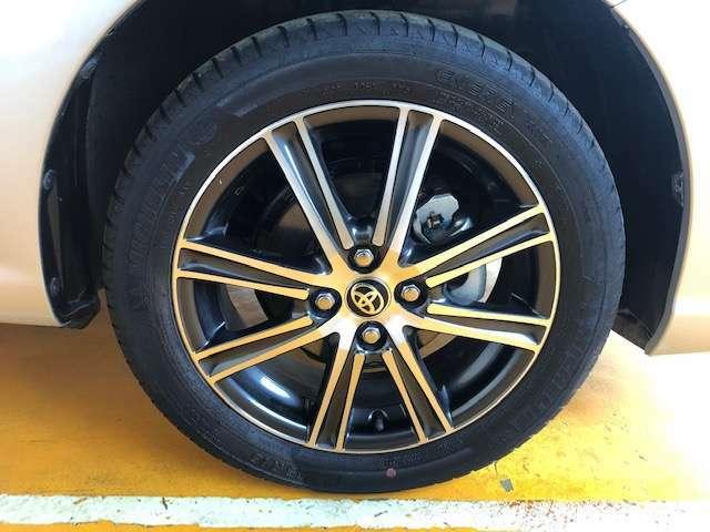 16インチアルミです!新品タイヤをご希望の方は遠慮なく申し付けて下さい!!