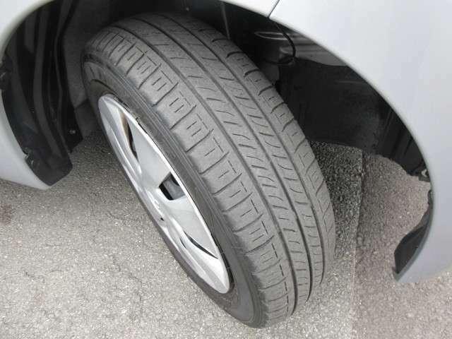 タイヤは5分山