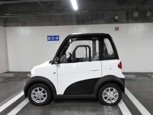 長さ224cm、幅129cm、高さ157cm。軽自動車より一回り小さいサイズです♪