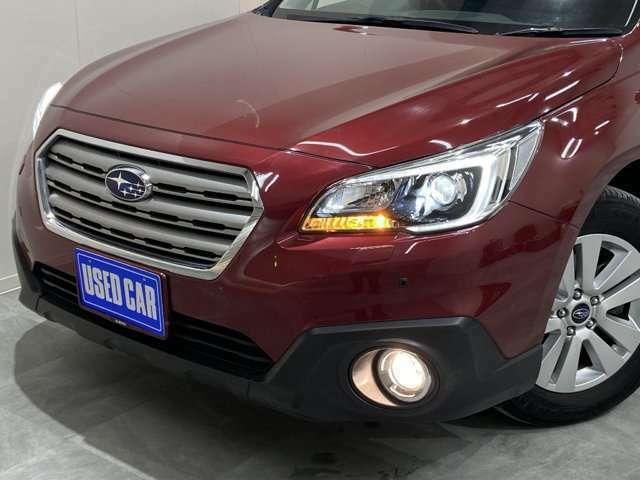 ヘッドライトはLEDになります。フォグライトはハロゲンになります。ヘッドライトやフォグランプもお徳にHIDやLEDに変更可能です。