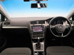●特別仕様車のゴルフ TSIコンフォートラインプレミアムエディションが入庫!デュアルオートエアコンやキーレスアクセスなど快適装備が充実しています。