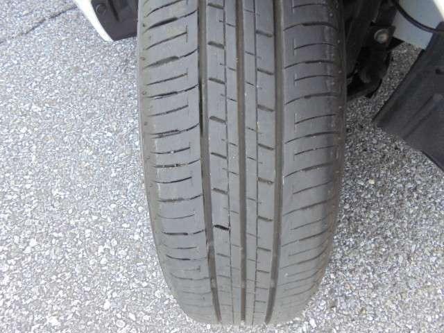 タイヤ溝も十分にありますので安心してご利用いただけます。