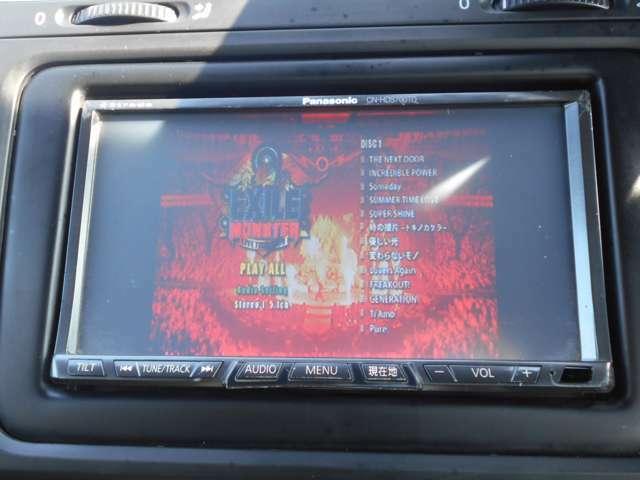 音楽自動録音機能付ミュージックサーバーとDVDが再生視聴できます、映画やライブDVDを視聴すればBOSEスピーカーからは臨場感あふれるサウンドをお楽しみいただけます!オープンにしてお好きな歌でドライブは至福です