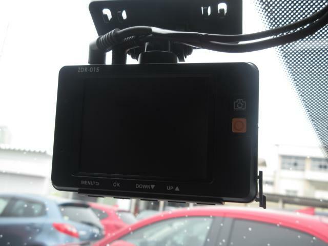 ドライブレコーダーも装備しています。万一の事故の際、録画映像が役に立つこともございます。(別途SDカード必要となります。)