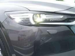 AWD仕様はヘッドライトウォッシャーを装備しています。
