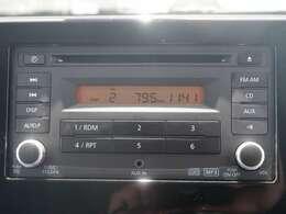 純正CDオーディオ装着!ラジオ視聴も可能です!