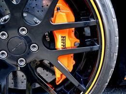 カーボンセラミックブレーキ オレンジカラーブレーキキャリパー