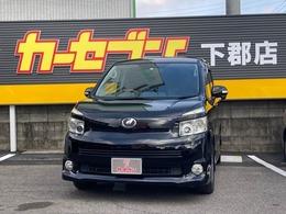 トヨタ ヴォクシー 2.0 ZS パワースライドドア リアモニター付き