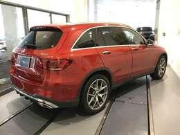 総在庫で500台ほどの取り扱いがございます。当社デモカー使用の車両やメーカーで使用していた車両などもご紹介ができます。新型モデルもお気軽にご相談くださいませ。