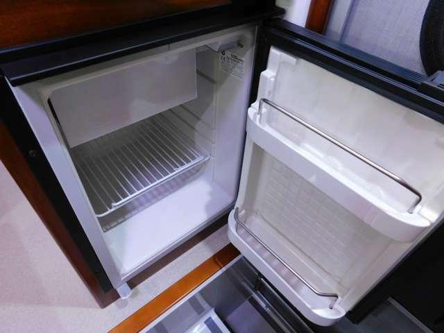 40L容量 DC12V冷蔵庫