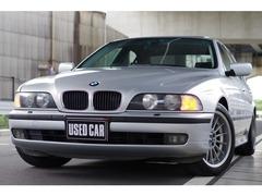 BMW 5シリーズ の中古車 528i スポーツ 神奈川県藤沢市 89.5万円