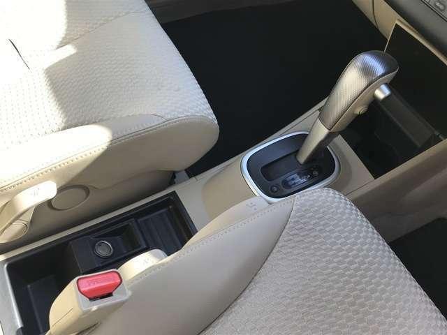CVT車両なので、高速道路などでの加速時の振動も少なく乗り心地も静かです!