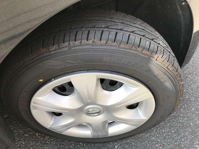 タイヤ溝まだまだあるので、納車後の余計な費用はかかりません!