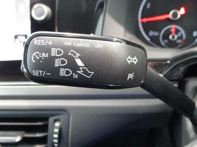 車線変更時に便利な二段階式ウィンカースイッチです!