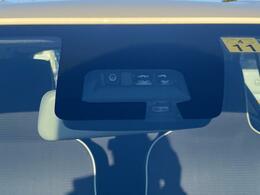 衝突被害軽減ブレーキ装備!任意保険も9%安くなります!車や壁だけでなく人や電柱など細かいものにも反応します!また、誤発進抑制機能もついているので安心して乗れますね☆