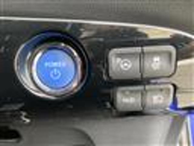 プリクラッシュセーフティ/レーダークルーズ/パーキングアシスト/純正ナビ/フルセグT/DVD/CD/SD/BT/バックカメラ/ETC/エンジンスターター/ステアリングリモコン/LEDヘッドライト