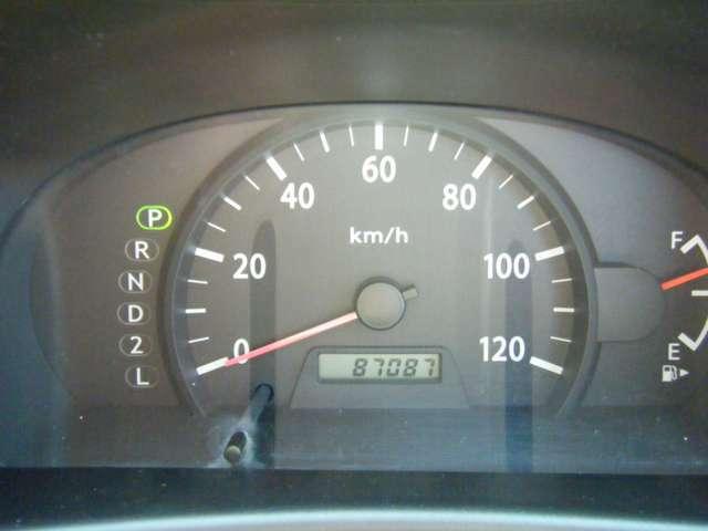 年式の割には低走行です!エンジンもタイミングチェーン式ですので安心ですね