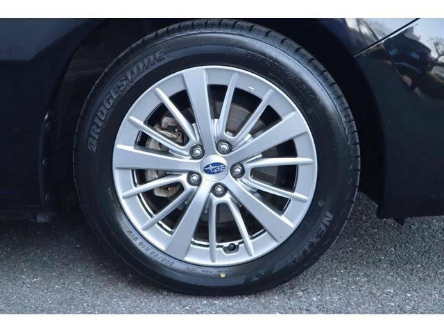 純正16インチアルミ 205/55R16タイヤ