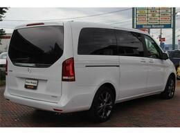 限定車「V260 ロング」ロッククリスタルホワイト、125台限定!